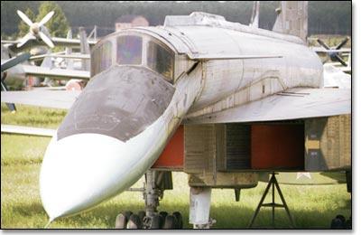 МОНИНО Музей Военно-Воздушных Сил - Т-4 (Су-100)